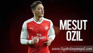 Laga Perdana, Mesut Ozil Yang Diajukan Atletico Madrid